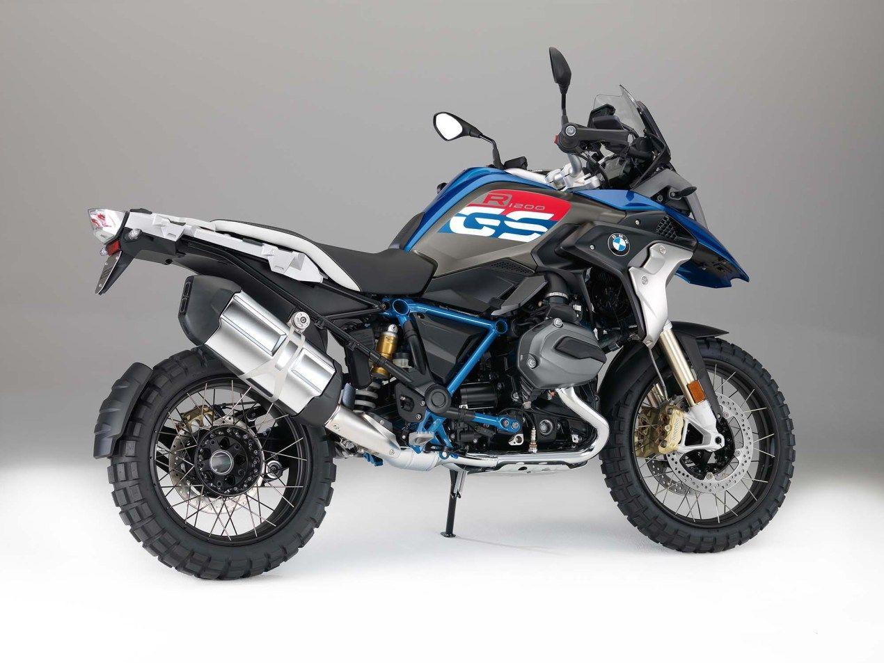 Bmw R 1200 Gs Wallpaper In 2020 Adventure Bike Motorcycles Adventure Bike Bmw Adventure Bike