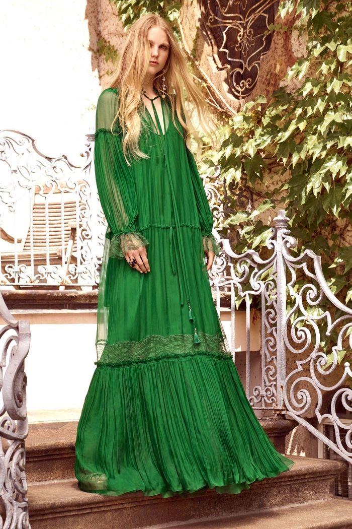 Roberto Cavalli Resort 2017: robe maxi vert à manches longues et ...