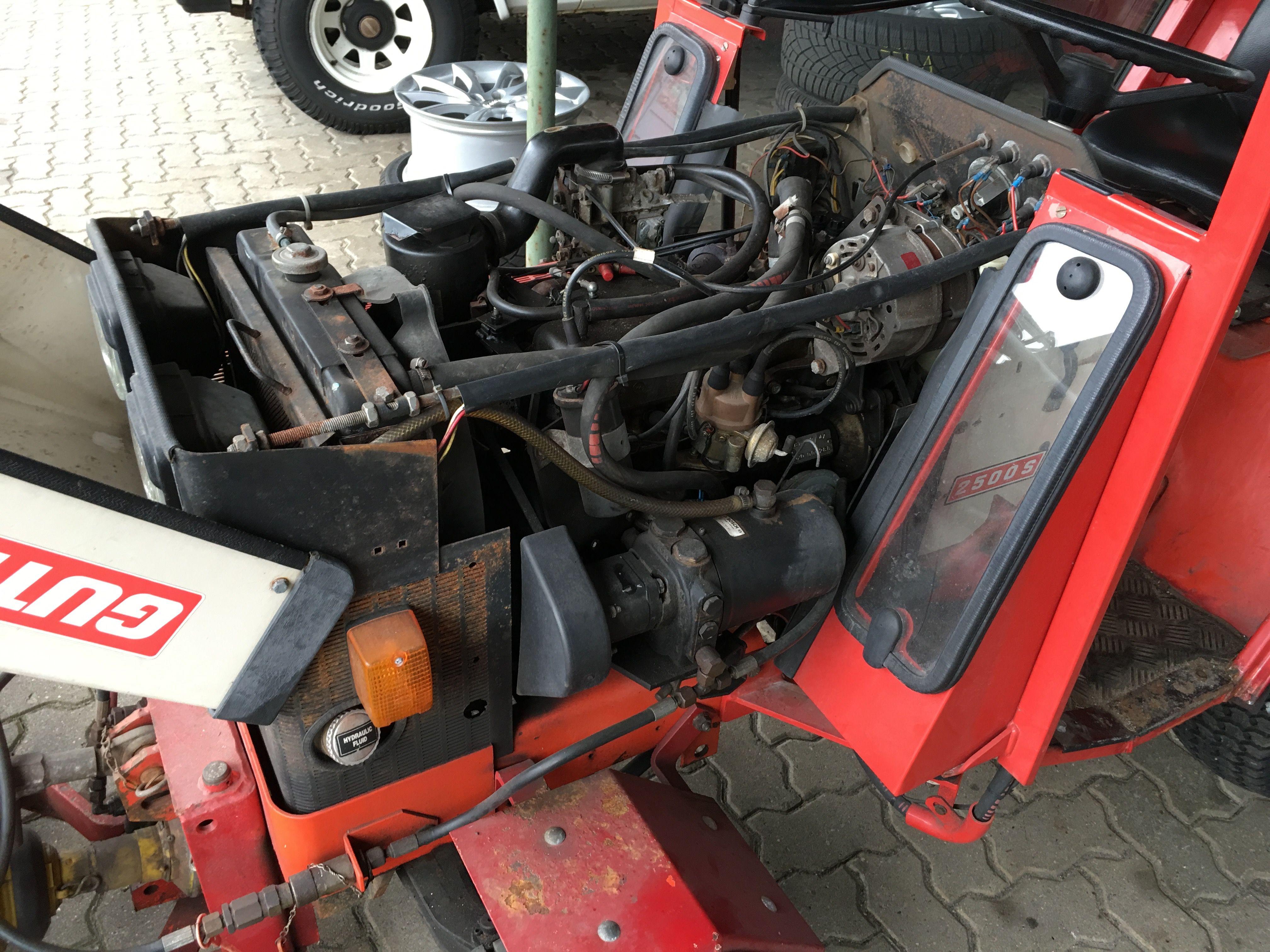 Renault Motor Gutbrod 2500 S Mit Solex 32 Dis Zapfwelle Und Hydraulikpumpe Der Kleintraktor Hat Zwar Noch Etwas Farbe Notig Aber Erst 250 Stunden Gelaufen