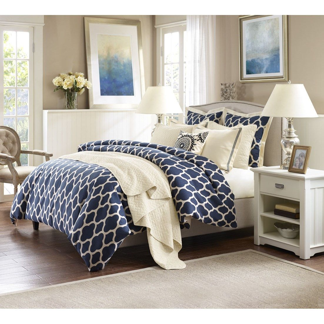 Elegance and luxury can be created in your seaside bedroom