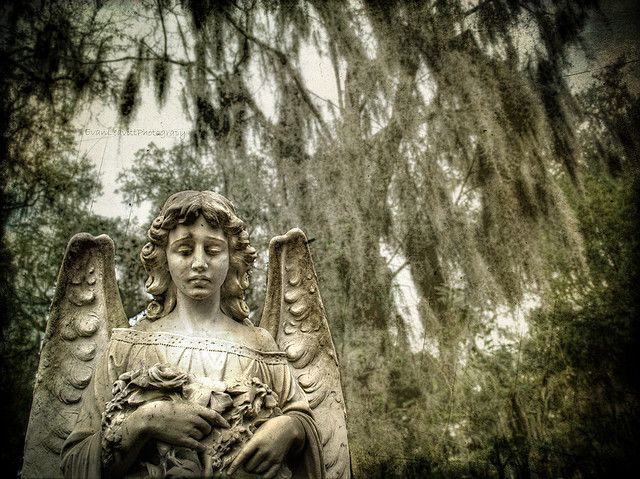 Watching Over Bonaventure Cemetary Savannah Ga Chatham County Statues And Sculptures