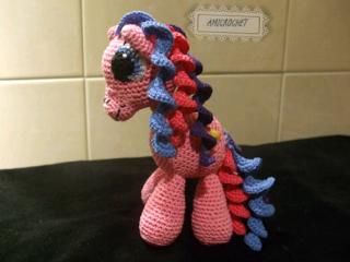☆☆☆☆Amicrochet ☆☆☆☆: Mi ultima creacion. Pequeño pony terminado y patrón para descargar