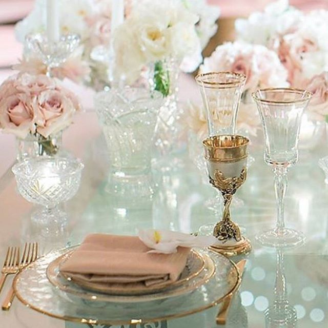 We know you love the tabletop details..... Gorgeous Design is from the Creative Team: Aliana Events Celio's Design Fancy Tables