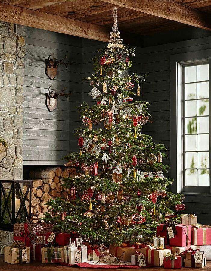Christmas tree Pin by Gee Dee Dee