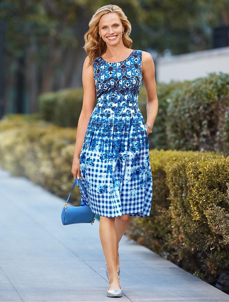 Gingham Floral Dress Talbots Misses I Have Just One Size 20 Of These Dresses Up For Sale On My Ebay Site Victor An Dressy Fashion Fashion Dresses [ 1057 x 800 Pixel ]