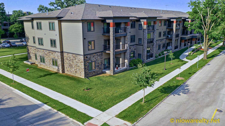 320 1st ne 308 mason city brand new 3rd floor unit that