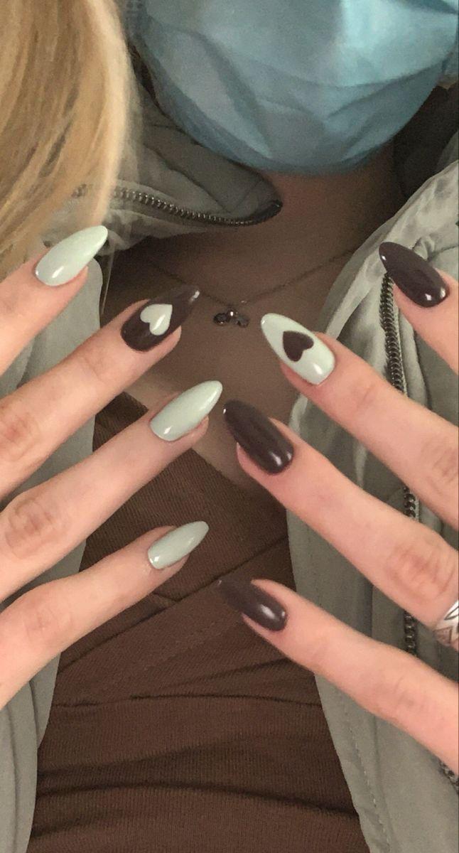 nail art & design inspo 🤍 @lightslacquer