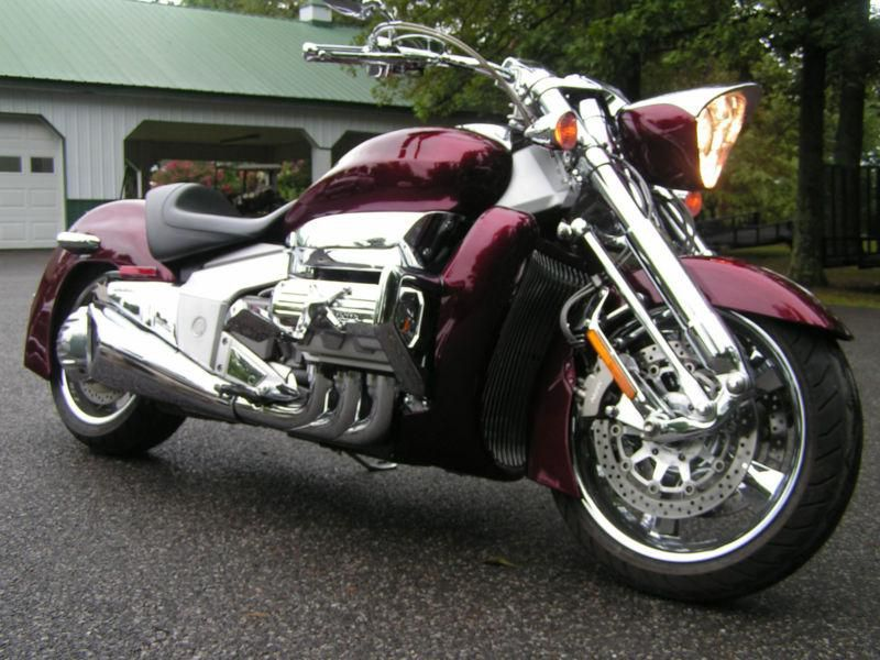 2004 HONDA VALKYRIE RUNE 1800 CHROME EDITION for sale on 2040-motos ...