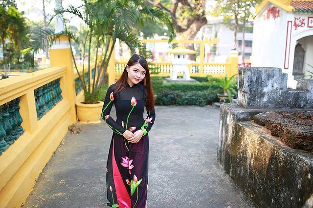 [NO SEX] Trang phục Việt Nam: áo bà ba, áo yếm   vozForums