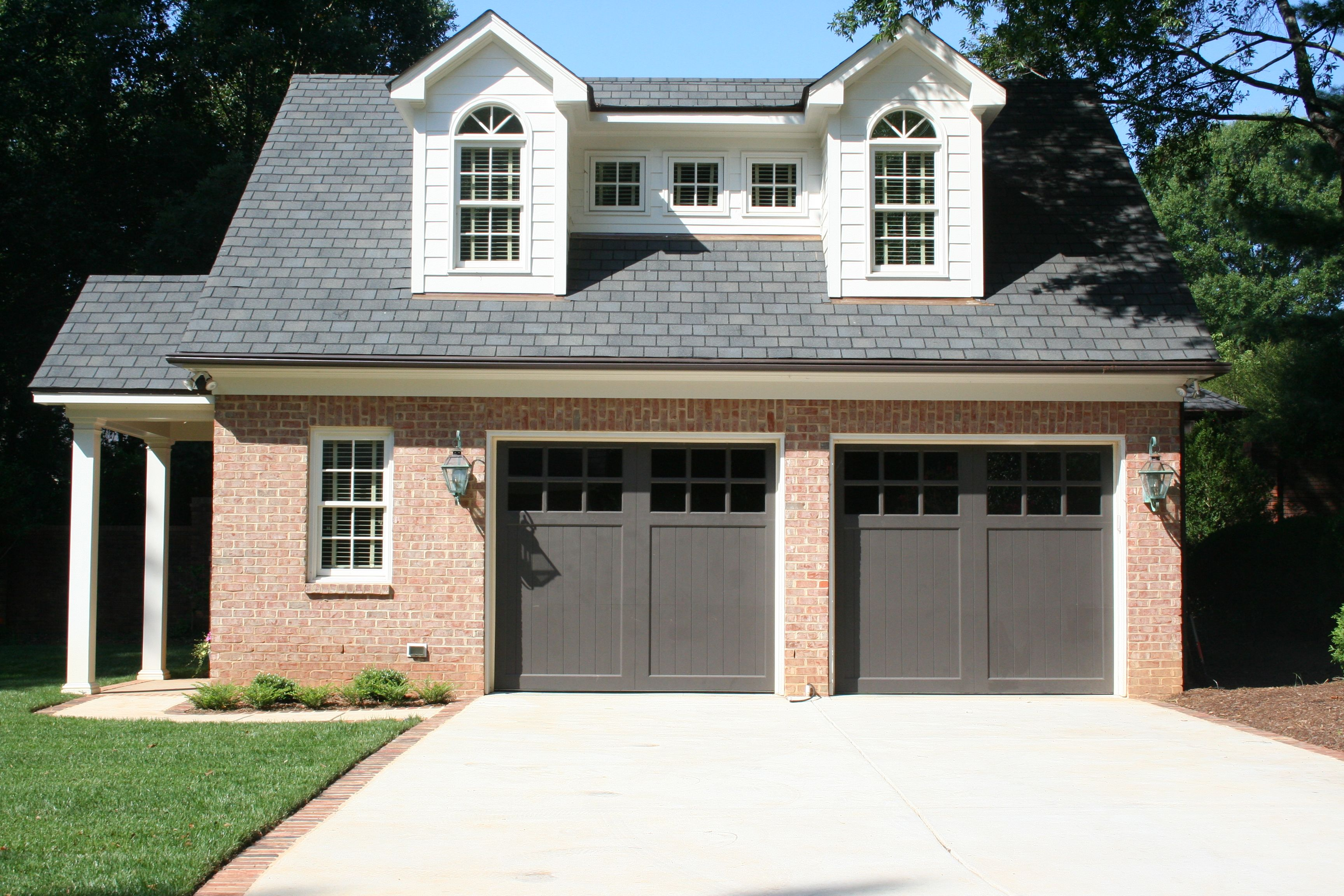 2 Car Garage With Upper Level In Law Suite