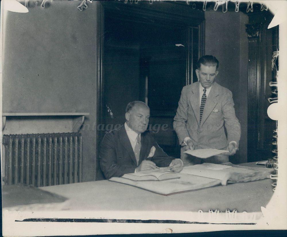 1928 Photo George Remus Cincinnati Mansion OH Roy Tichenor Business Men Rare