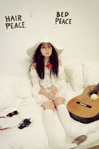 Yoko ono white dress
