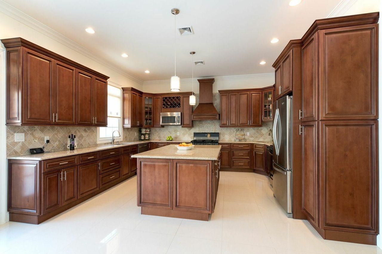 Signature Chocolate - Pre-Assembled - Kitchen Cabinets ...