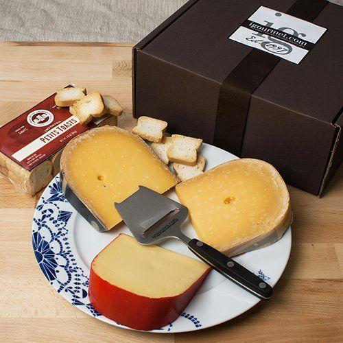 Gouda Through The Ages in Gift Box (2.7 pound) - http://mygourmetgifts.com/gouda-through-the-ages-in-gift-box-2-7-pound/