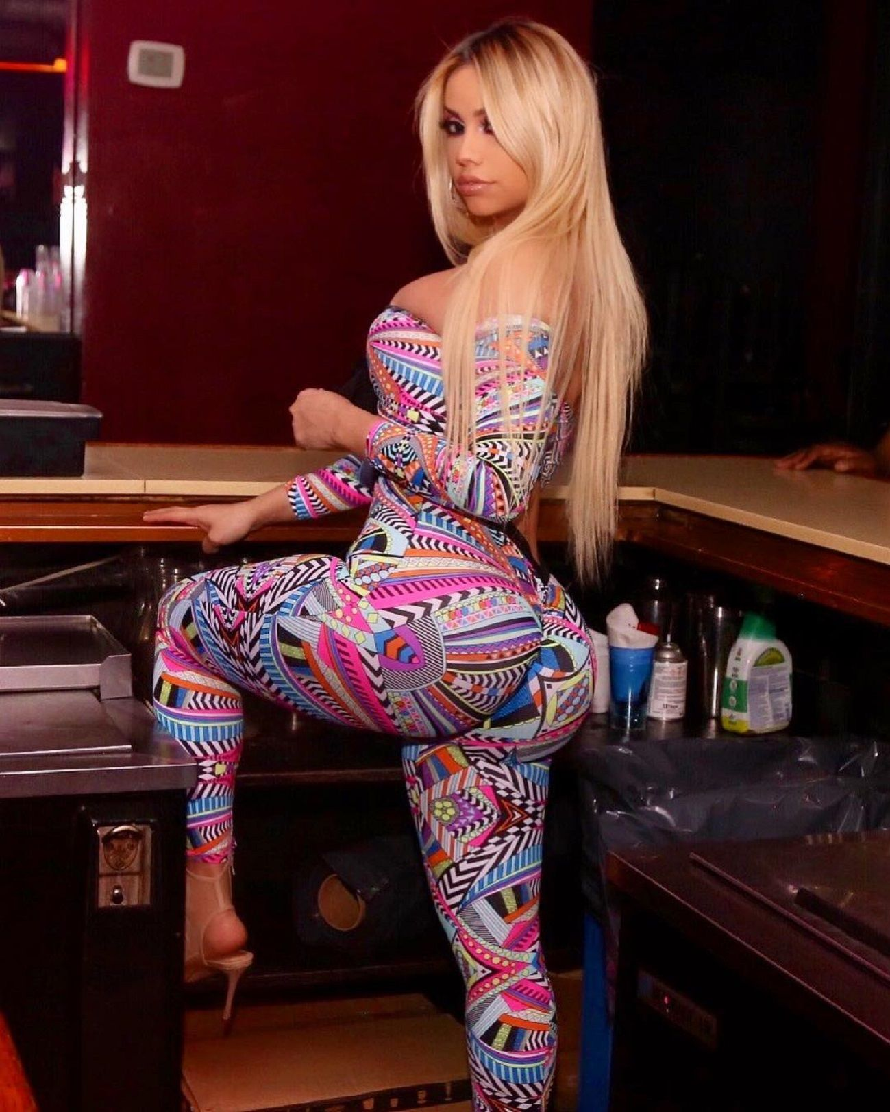 Big booty blonde girls