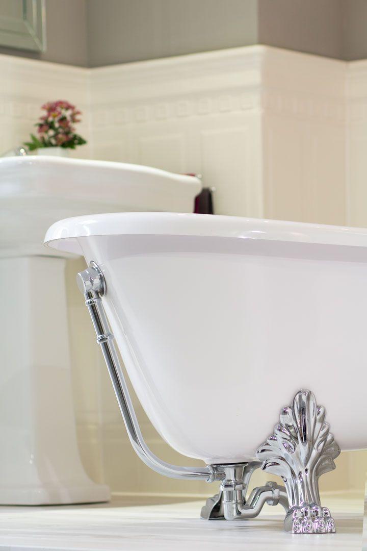 Ein hauch der vergangenheit badewanne im nostalgie stil for Badezimmer ideen nostalgie