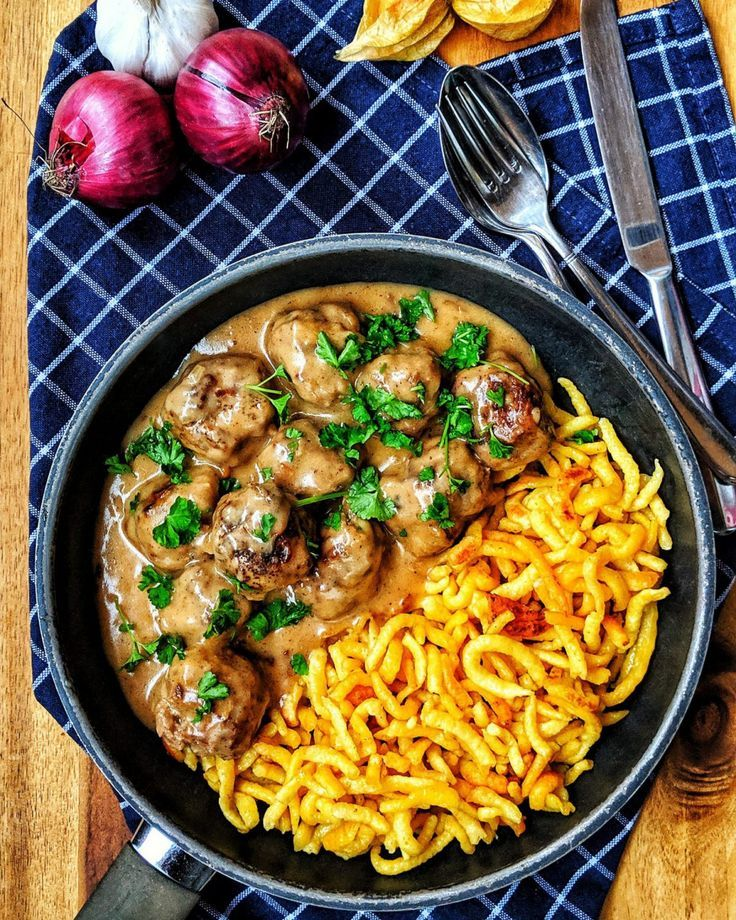 #familienessen #köttbullar#totally#simple#incredibly#delicious#tastes#really#small#great#family#quickly#conjured Köttbullar - Total einfach und wahnsinnig lecker