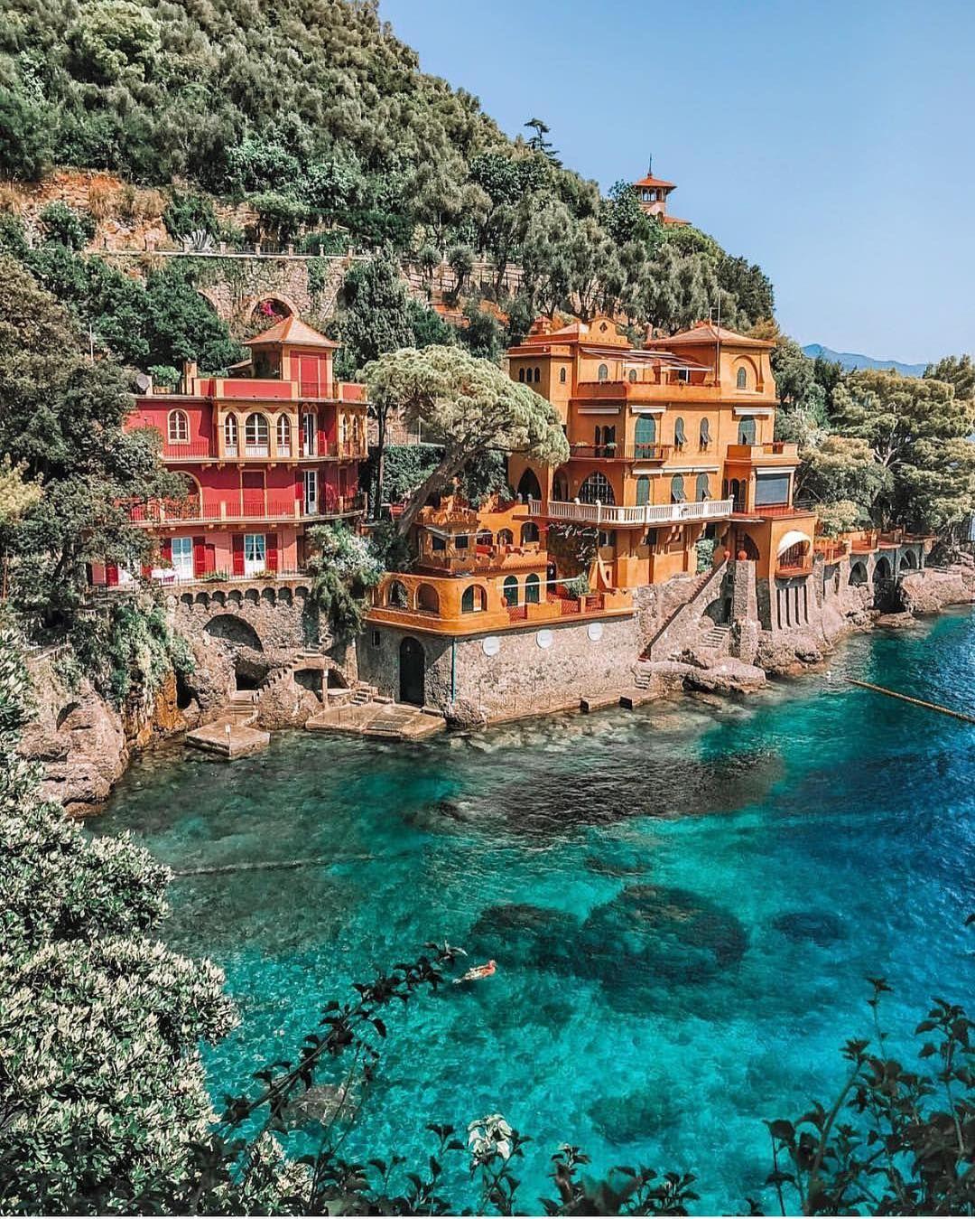 Positano, Italia                                                #fotografía #mundo #viaje #paisaje #europa #océano #casas #pintoresco