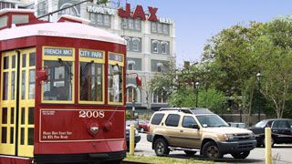Don't know how you are going to get around the Crescent City? New Orleans has several forms of transporation to offer from the famous street car to riverboat!
