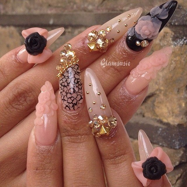 Instagram post by susan glamsusie instagram nail nail instagram post by susan glamsusie pink nailsgold stiletto nailsglam nailsdiy solutioingenieria Image collections
