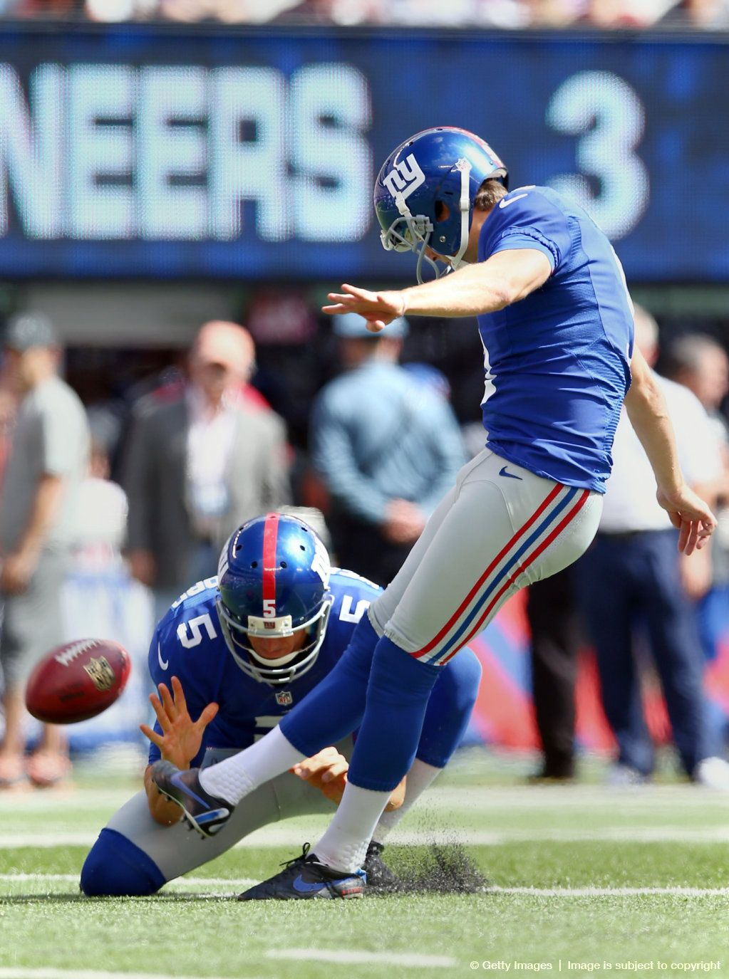 Perfect Day for Lawrence Tynes! 4 for 4 on field goals and