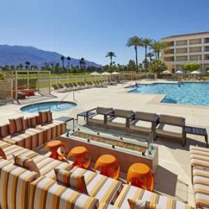 Doubletree By Hilton Golf Resort Palm Springs Cheap Hotel Room
