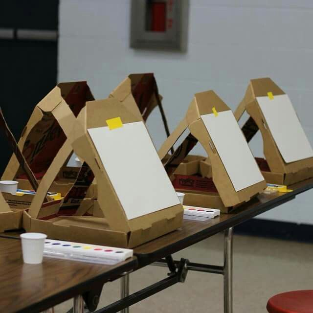 Upcylcled Pizza Box Art Easels
