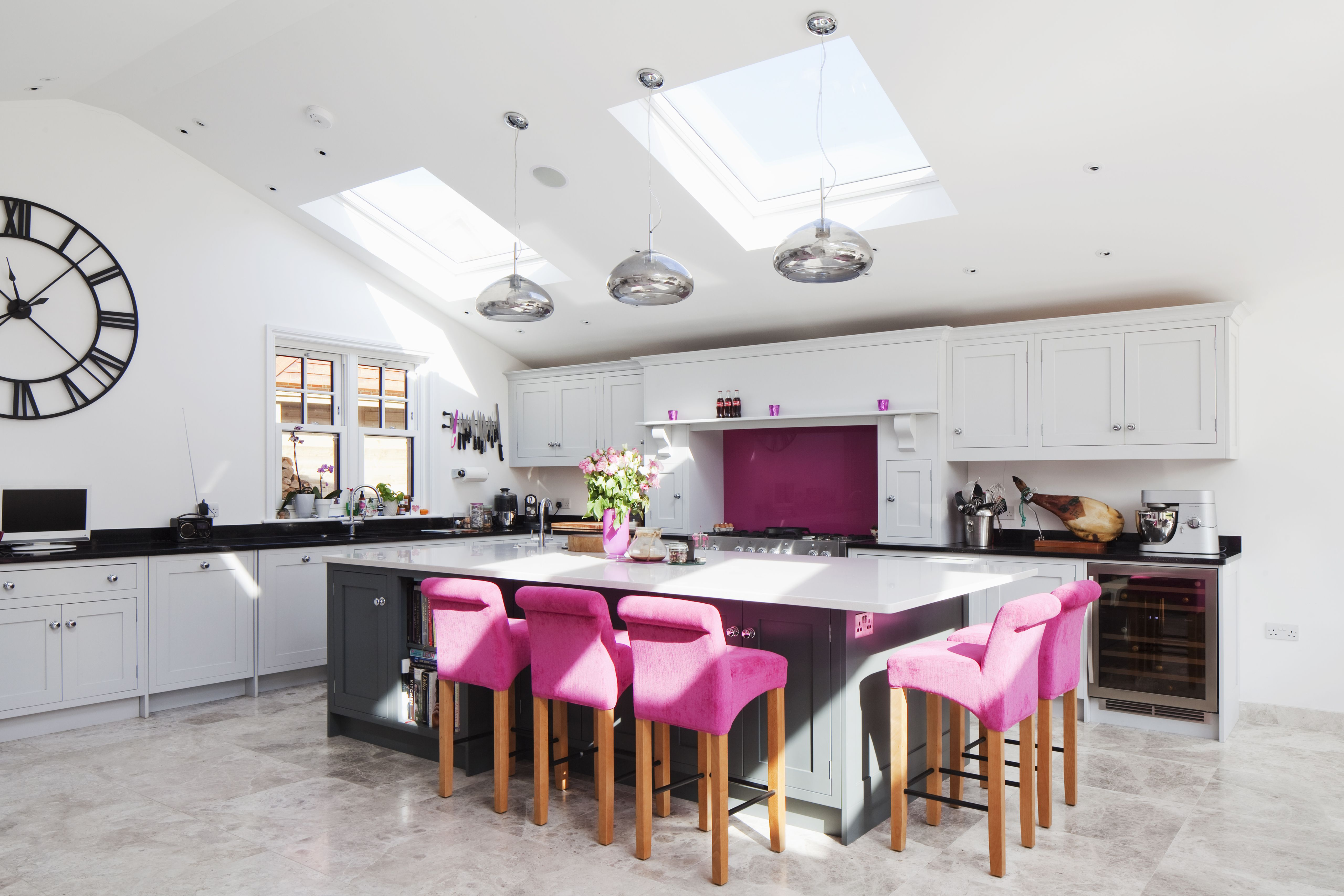 Contemporary kitchen extension | large island | breakfast bar ...