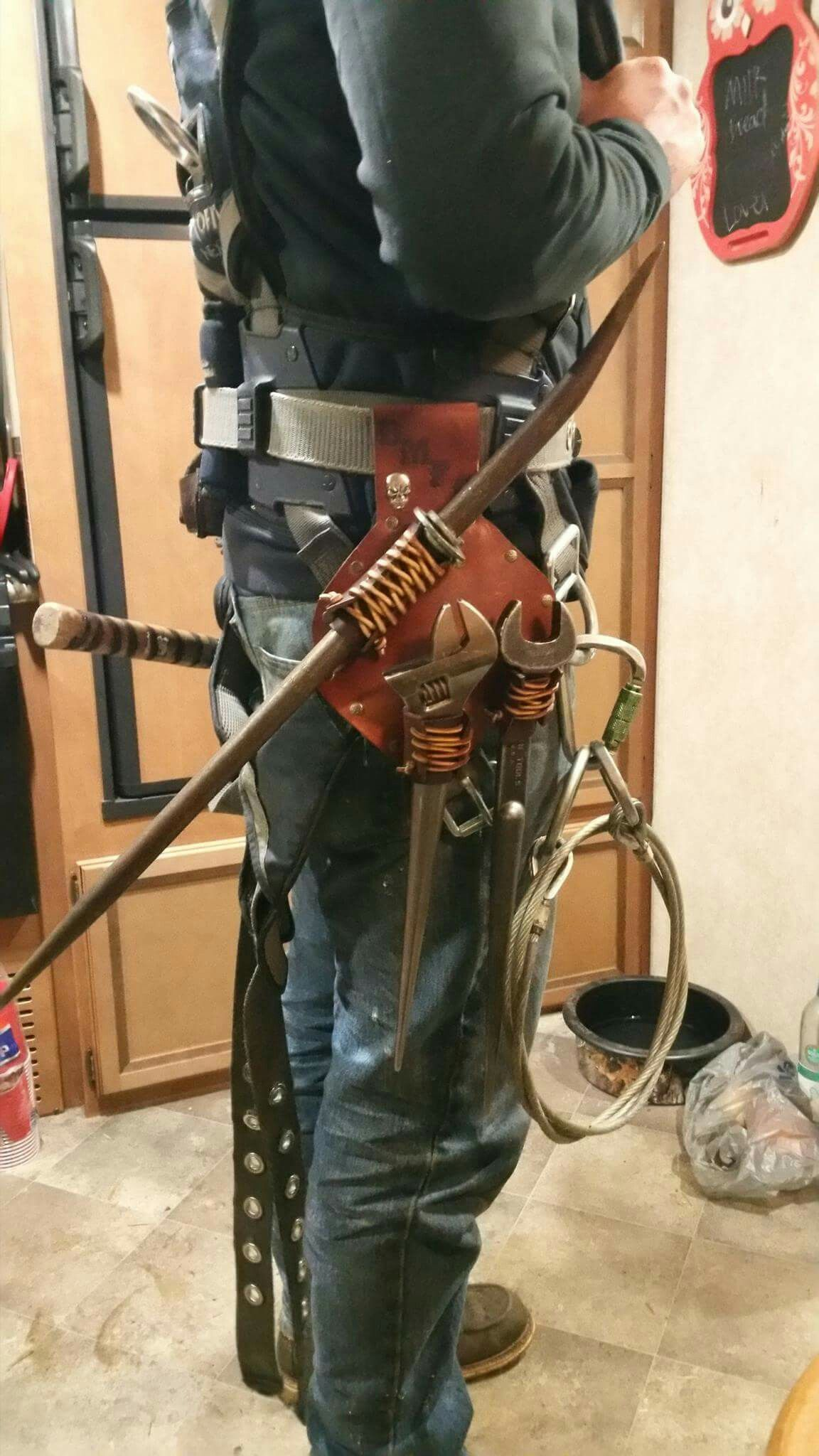 Custom frog w/tools  Ironworker tools, Welding gear, Steel worker