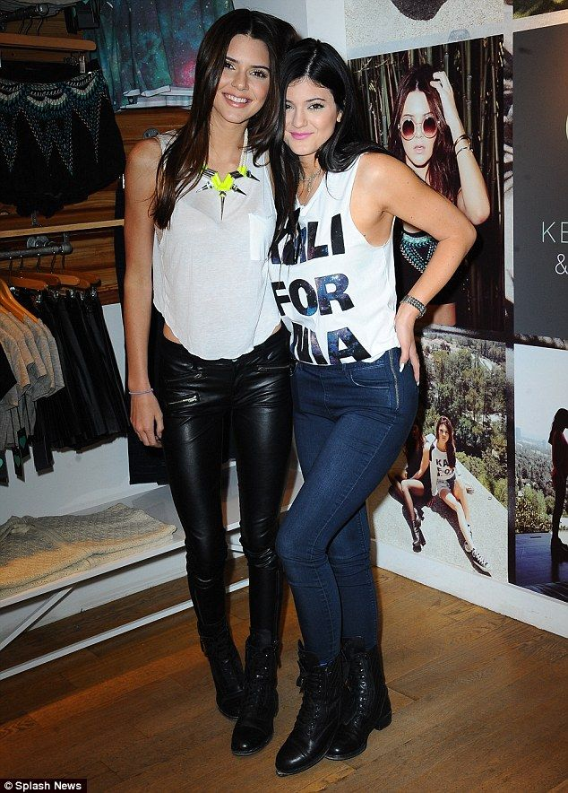 167cd1810fb40 Picture perfect: Kendall and Kylie Jenner pose in the Pac Sun Pop-up store  in New York