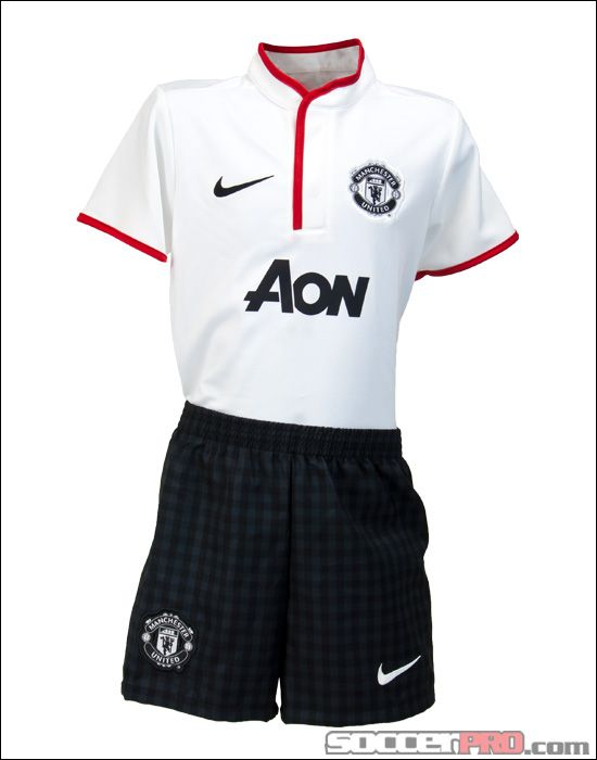 616195ebd Nike Manchester United Lil Boys Away Kit - White with Diablo Red... 53.99