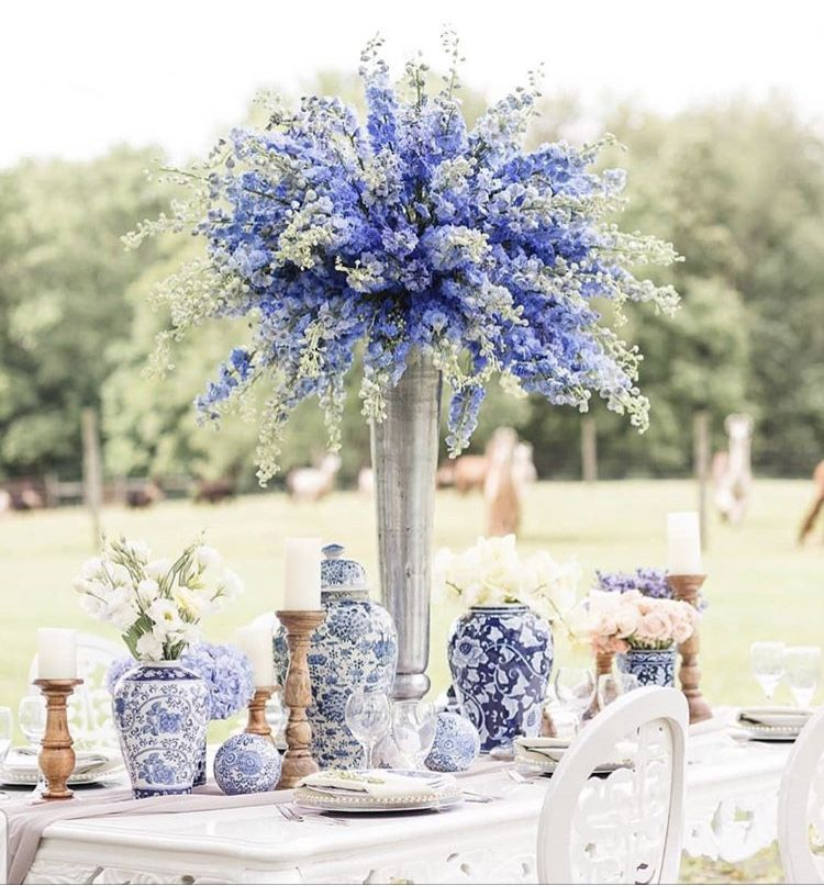 Florist In Annapolis Md Intrigue Designs Intrigue Home Wedding Floral Centerpieces Chinoiserie Wedding Blue Themed Wedding