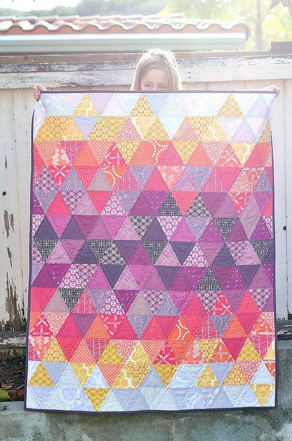 Sundown Quilt Radiant Orchid Quilt Challenge Bloglovin Quilts Triangle Quilt Quilt Patterns