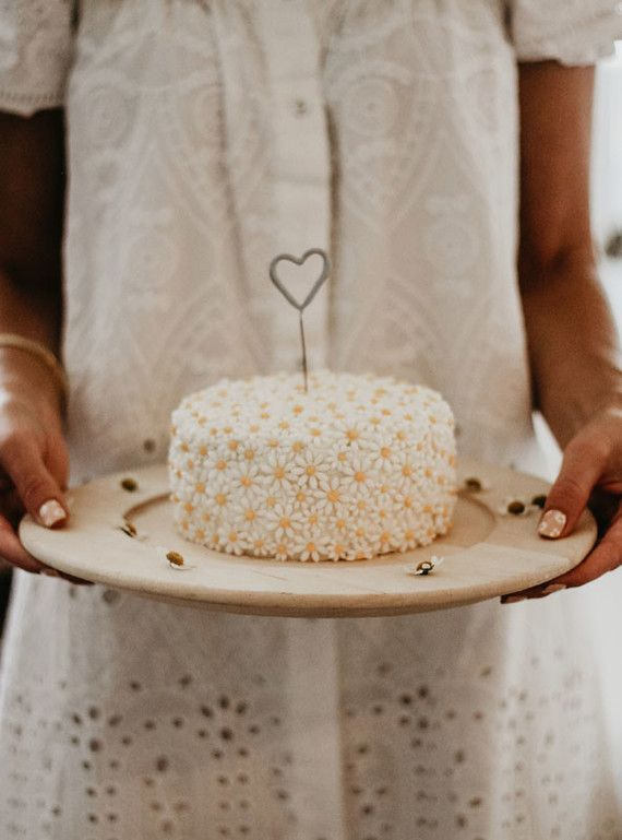 Quincy Mae's daisy inspired 2nd birthday from Kelli Murray | Browse Wedding & Party Ideas