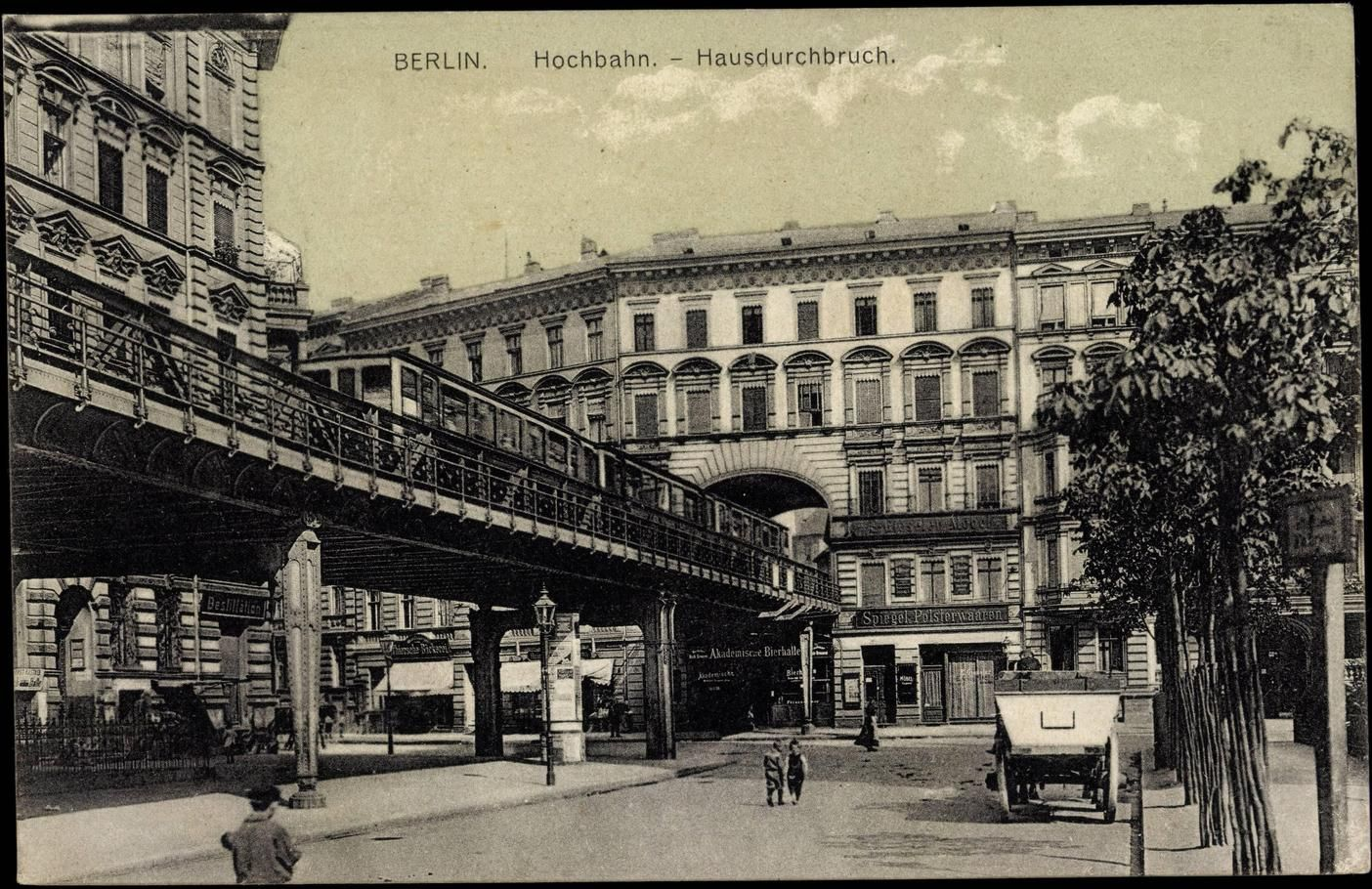 1911 schoeneberg das haus mit dem durchfahrt stand am dennewitzplatz rechts im bild nicht zu. Black Bedroom Furniture Sets. Home Design Ideas