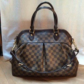 7f7f866f8b0c Save 56% on the Louis Vuitton Trevi Gm (large Size) Damier Ebene Satchel!  This satchel is a top 10 member favorite on Tradesy.