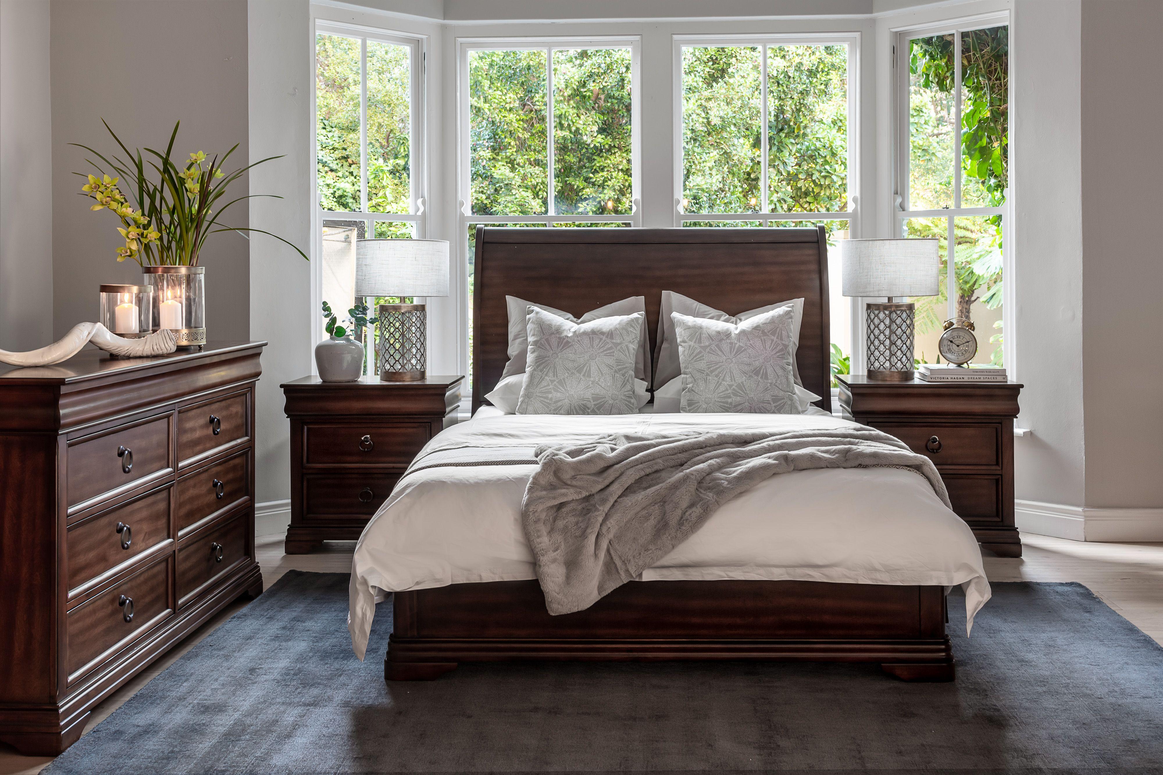 Hepburn Queen Full Bed XL in 2020 | Classic bedroom ...