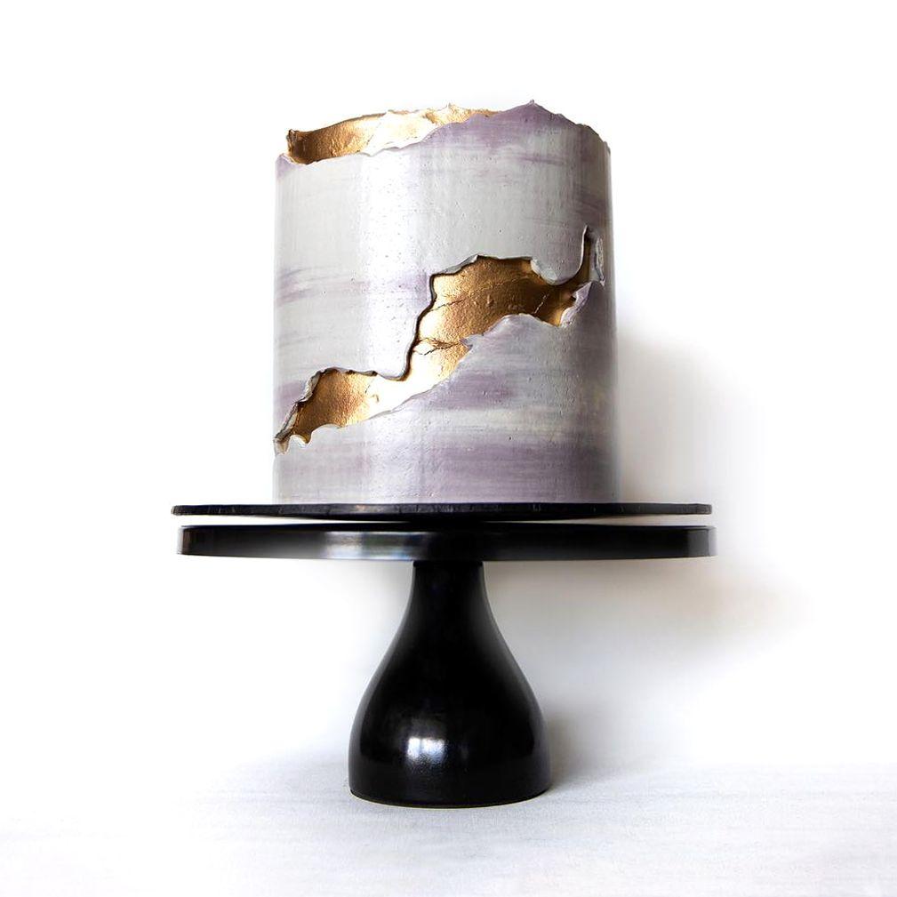 12 Inch Round Modern Metal Wedding Cake Stand Black Butter Cream Savoury Cake Buttercream Cake