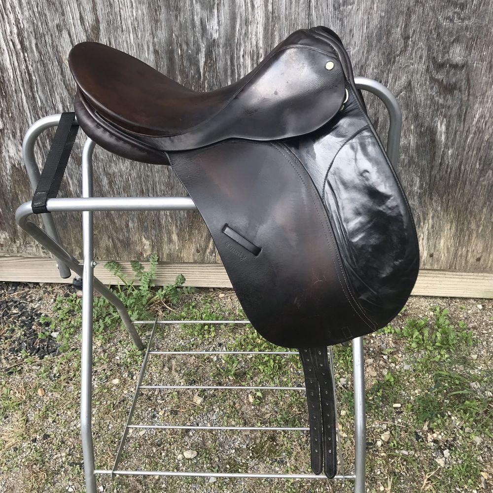 County Competitor Dressage Saddle Springtree 16 5 3 Fit England Dk Brown Ebay Saddles For Sale Ebay Dressage Saddle