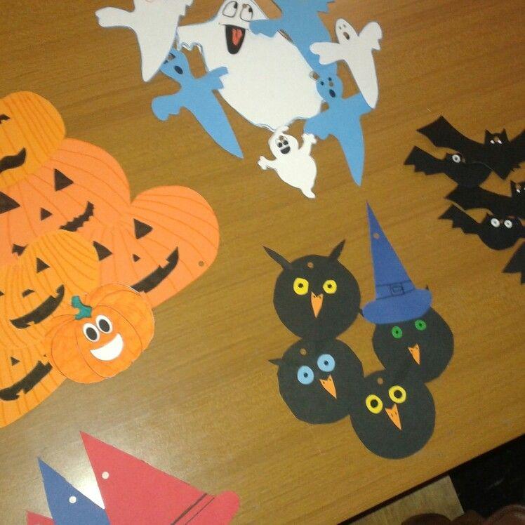 Decorazioni per Halloween in preparazione