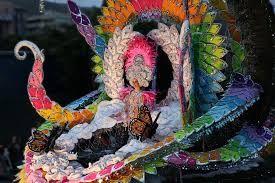 Resultado de imagen de reinas del carnaval tenerife imagenes