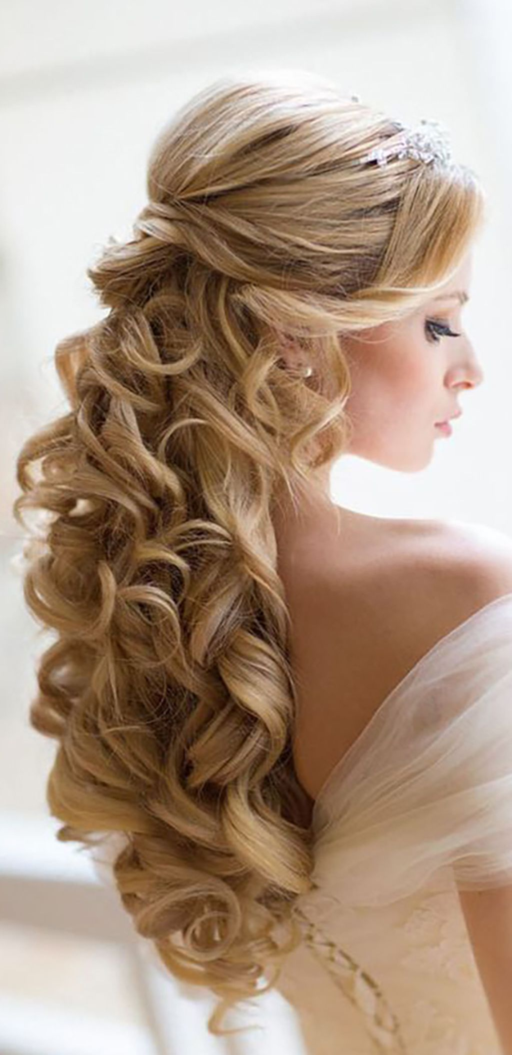 beautiful and easy wedding hairstyle for long hair pinterest