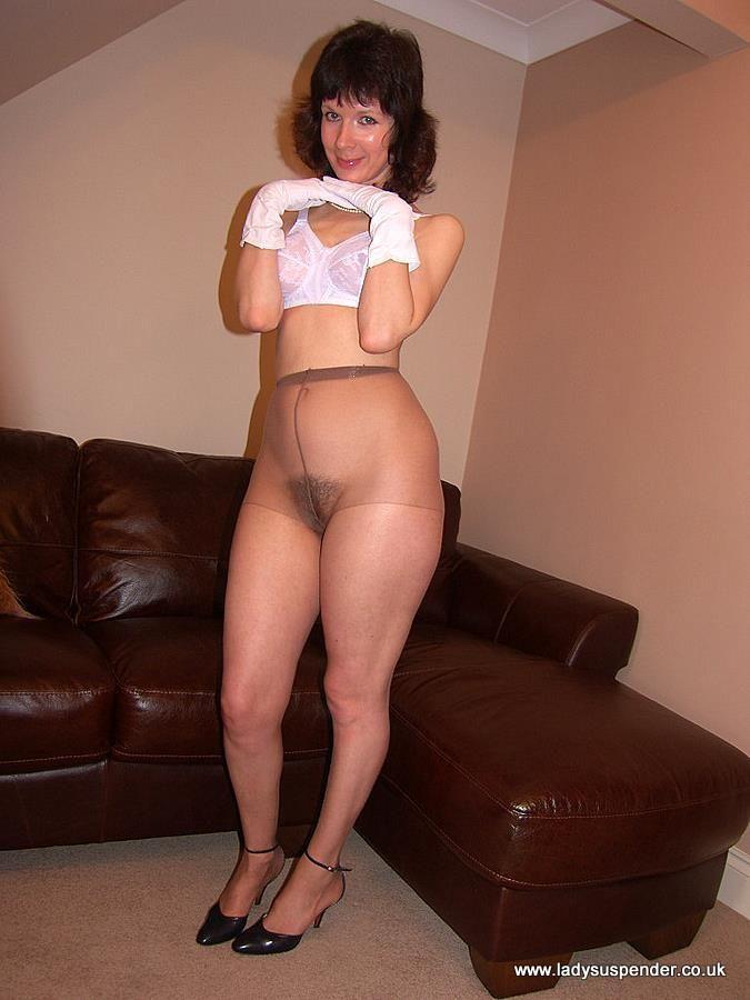 wearing pantyhose over night