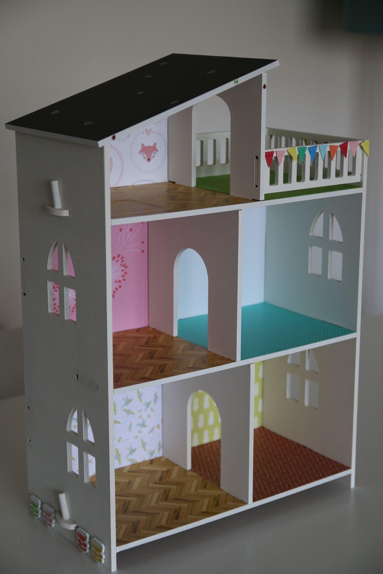 Maison poup es sylvanian playmobil diy tuto id es d co diy maison poup e maison de poup e - Maison en bois playmobil ...