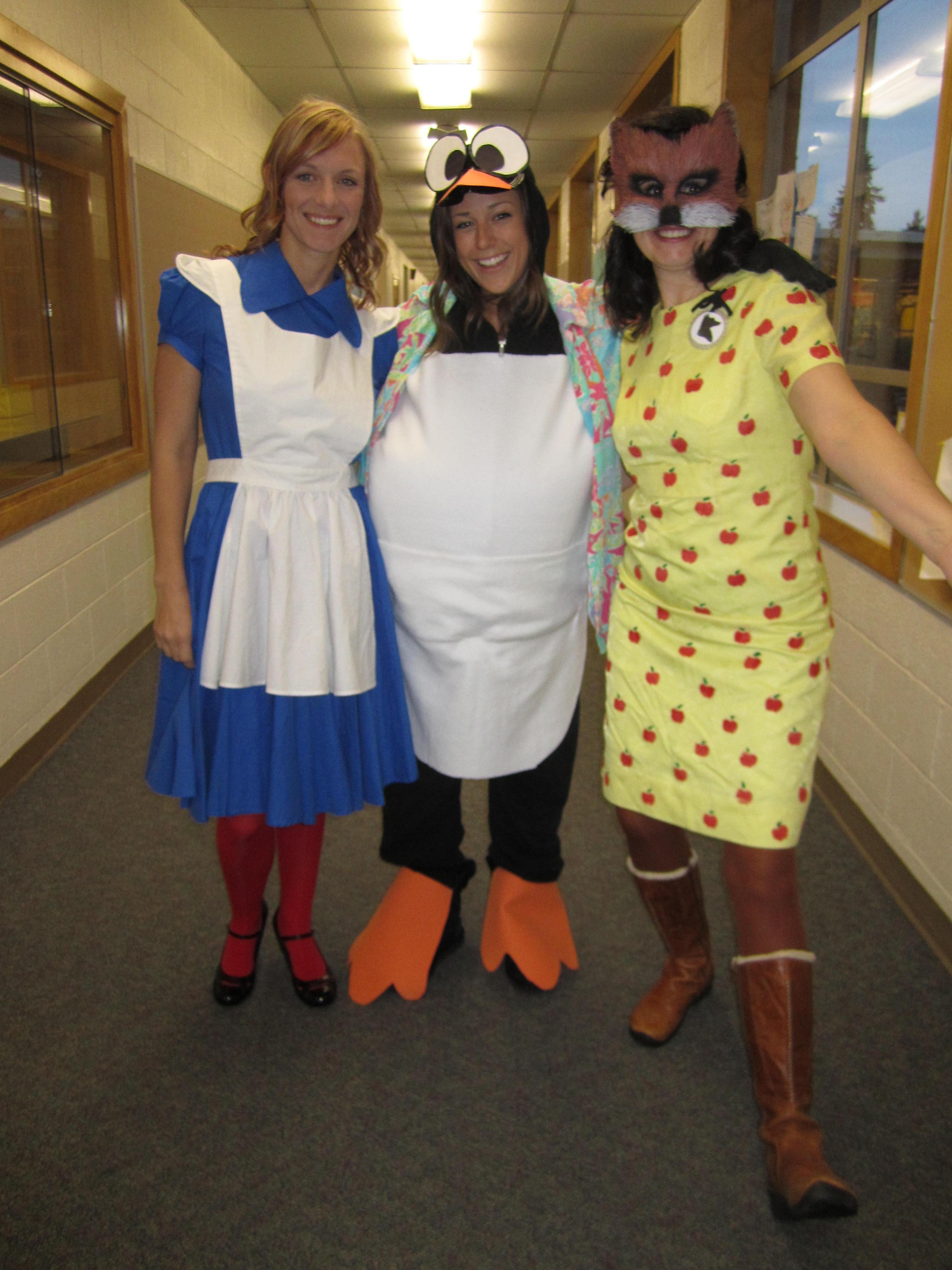 Alice In Wonderland Tacky The Penguin Amp The Fantastic