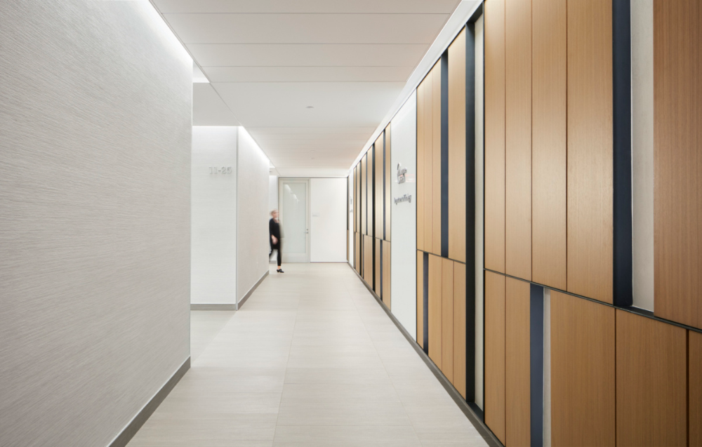 Click To Close Image Click And Drag To Move Use Arrow Keys For Next And Previous Ambulatory Care Health Care Lobby Interior