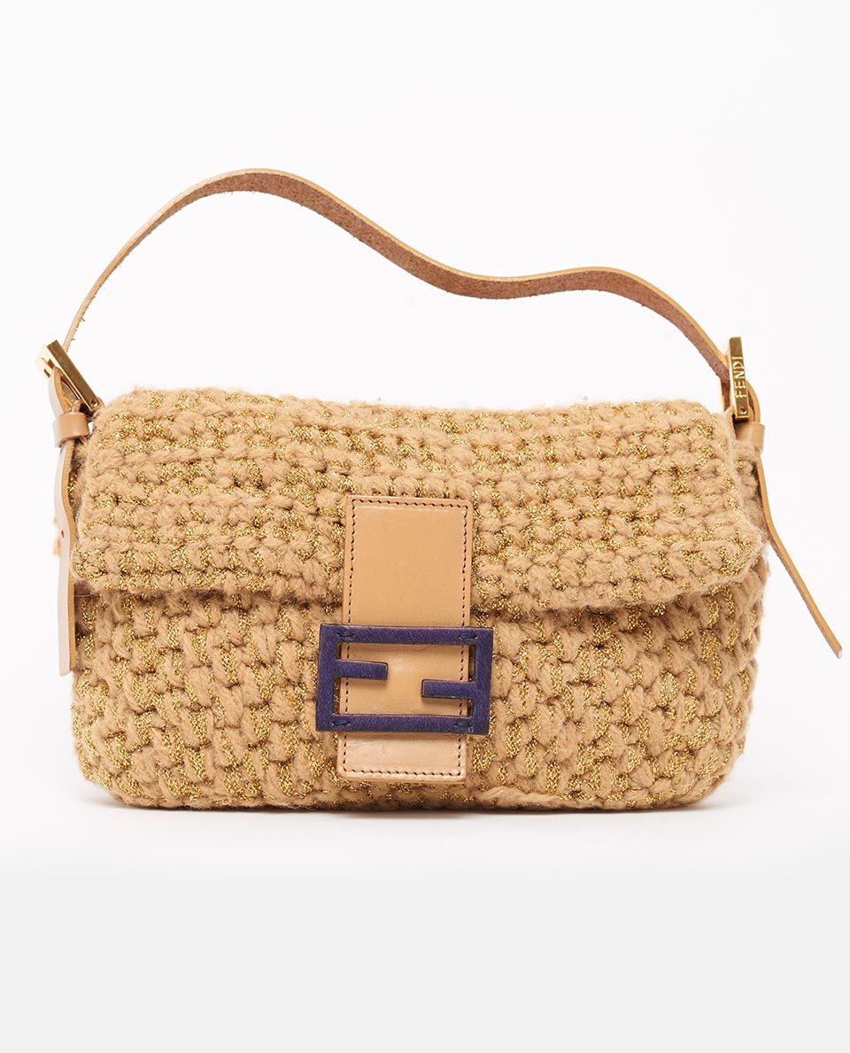 The Fendi baguette bag is synonymous with all things Sex ...