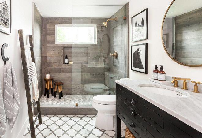 Farmhouse Bathroom Featuring Off White Walls Marble
