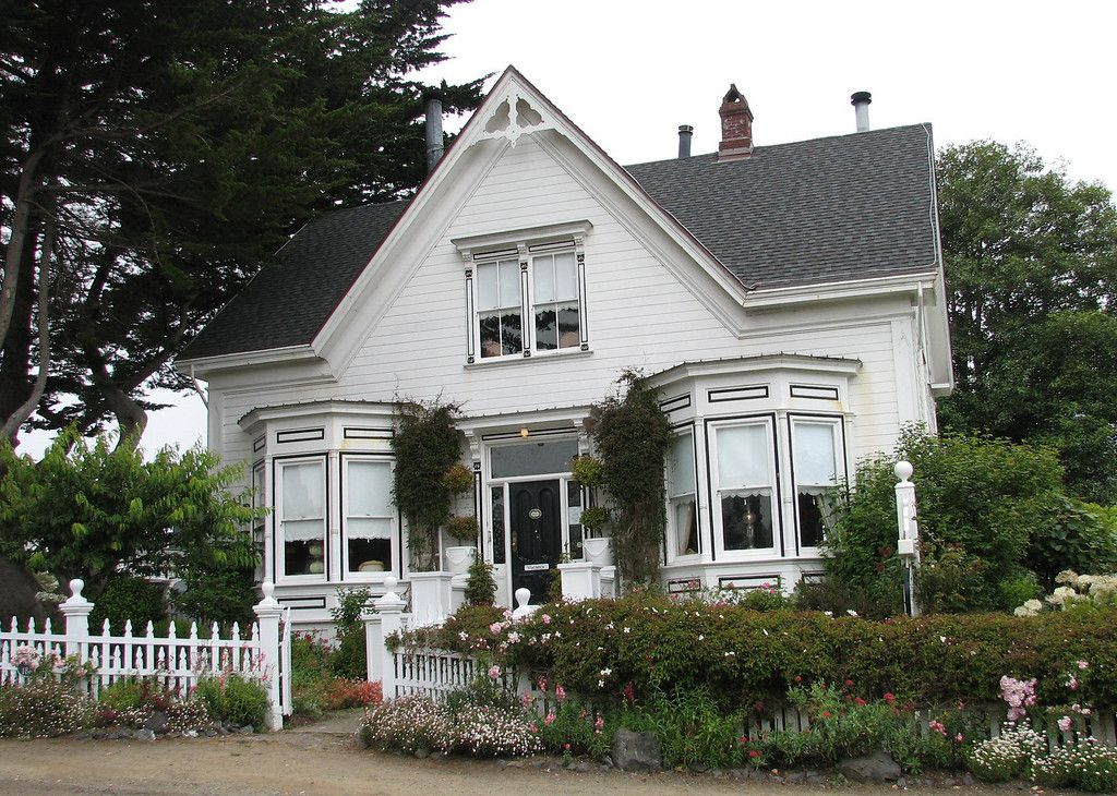 Mendocino, CA Bed and Breakfast Bed and breakfast