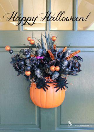 Happy Halloween Front Door Decoration-Farmhouse Soul DIYat farmhousesoul.com